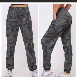 LAST ONE!Camouflage Waffle Knit Joggers w/ Pockets